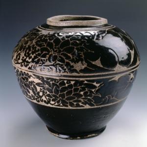 211 1999.729 Song Dynasty Jar.jpg