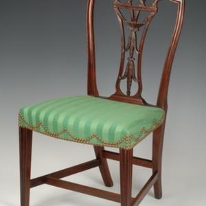 http://newportalri.com/files/original/1999.399.1-.2 chairs.jpg