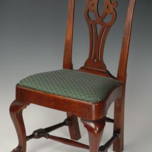 http://dev.newportalri.org/files/original/1999.537.1-.2 chair.jpg