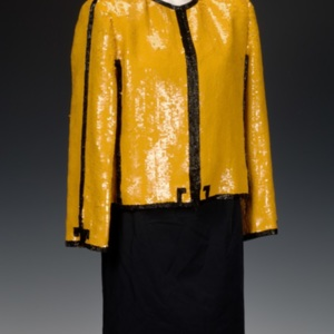 http://newportalri.com/files/original/2006.486 jacket.jpg