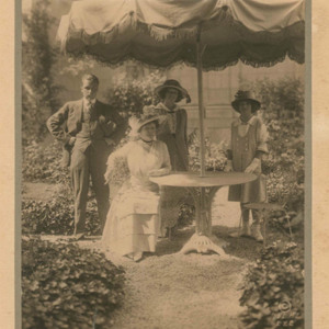 http://dev.newportalri.org/files/original/Oelrichs and Vanderbilts in Rose Garden_Ira L Hill_1912.jpg
